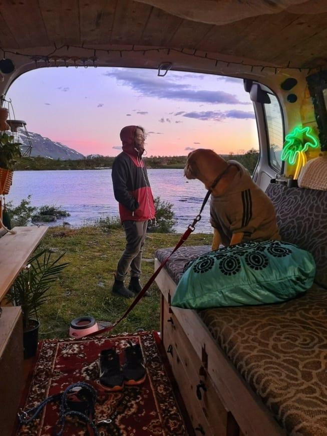 vangirl-ausbau-vanlife-vanconversion-camper-minicamper-2