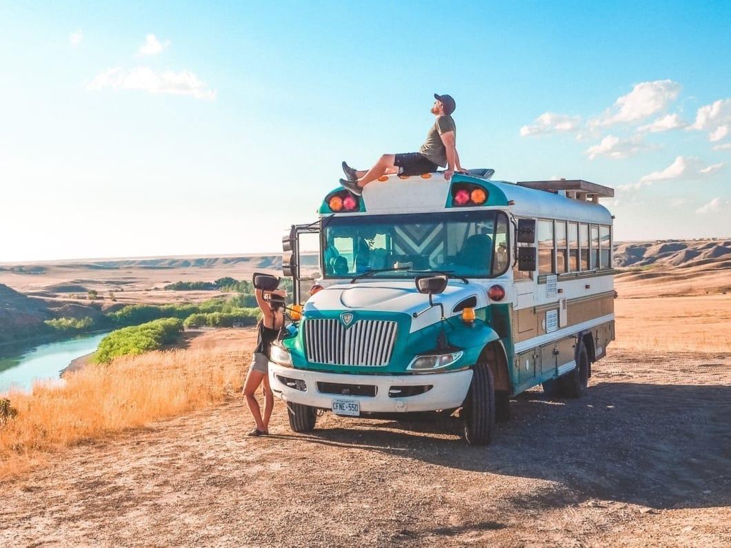 bus-scolaire-van-camion-fourgon-amenage-camping-car-international-canada-roadtrip-vanlife-pb-105