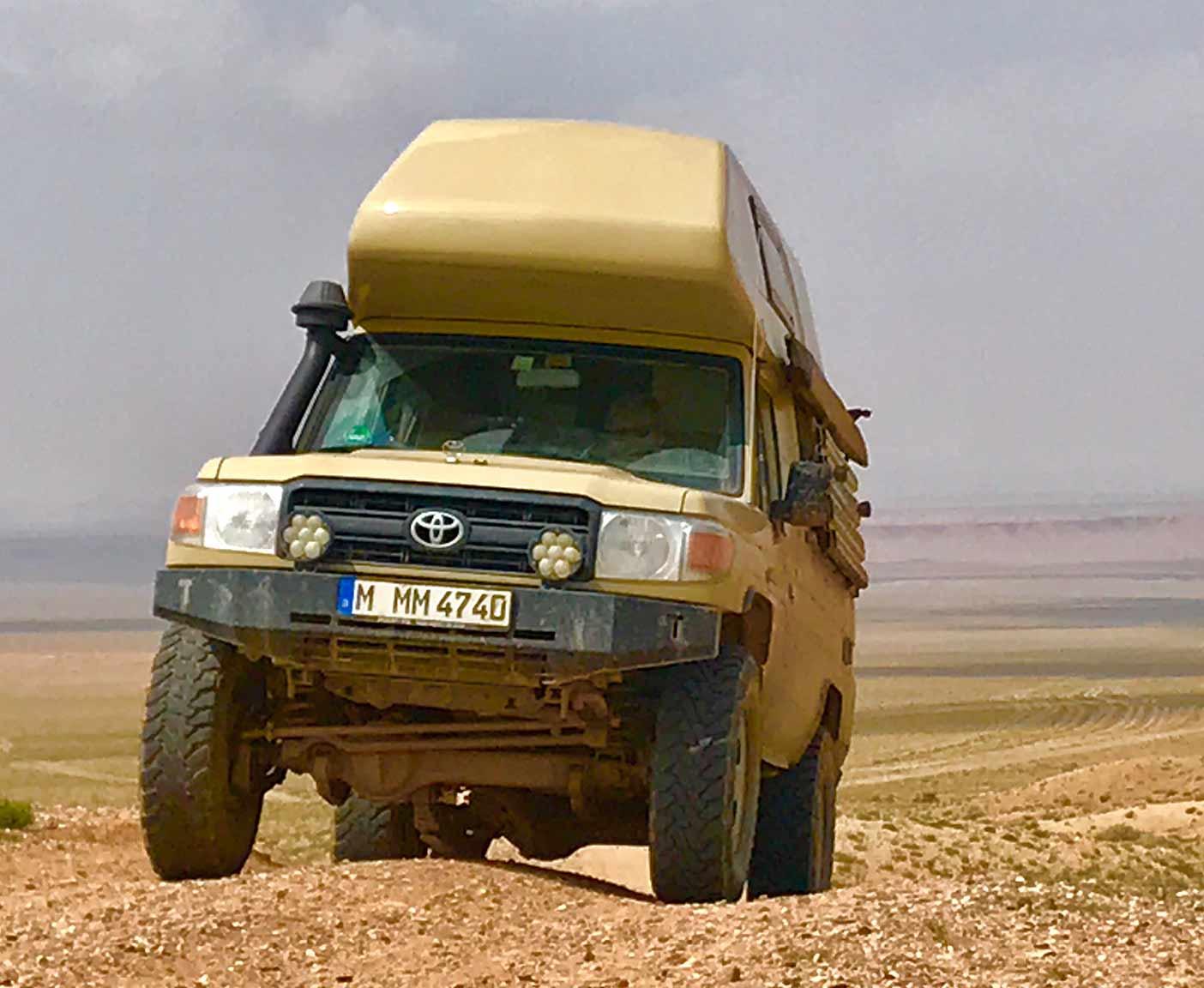 road-trip-maroc-maghreb-desert-sahara-4x4-vanlife