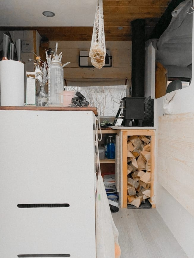 vanlife-interior-ausbau-vanconversion-2