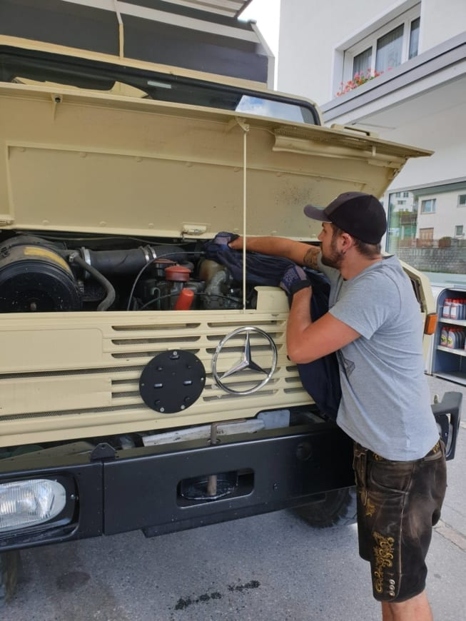 unimog-expeditionsmobil-min