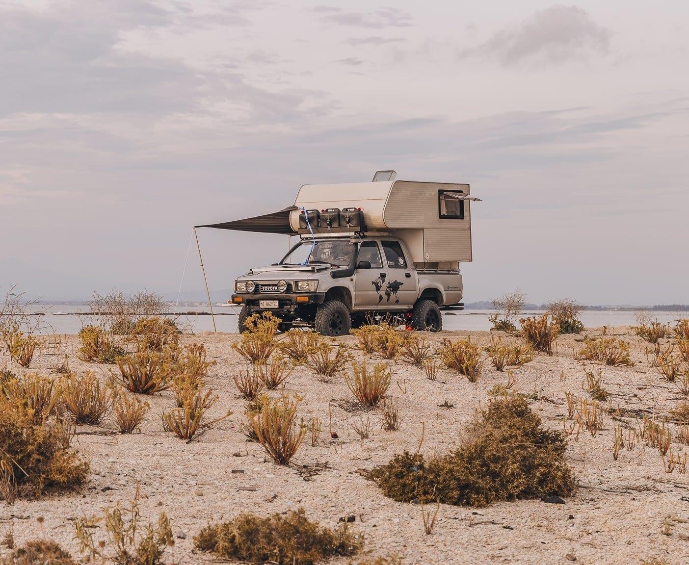 toyota-hilux-ln-105-camper-pickup-vanlife-kaufen-ausbau-5