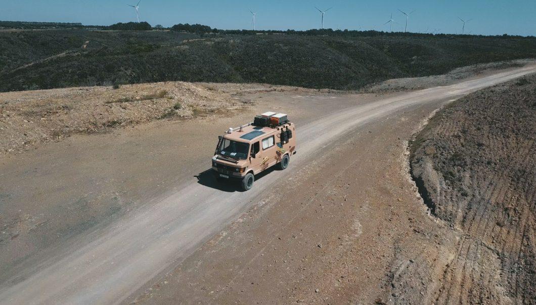mercedes-t1-310-4x4-essence-van-fourgon-amenage-tour-du-monde-tout-terrain